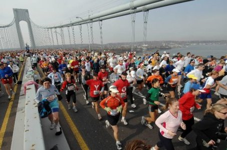 The Verrazano Bridge will be closed on Saturday night to prepare for the New York City Marathon. (AP)