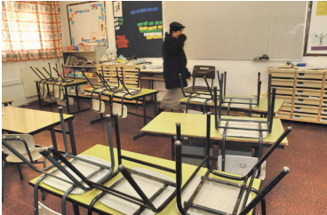 Ashdod schools empty as students were relocated to different cities as rocket continue to rain in