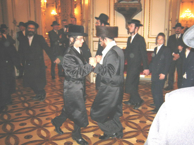 Rabbi Friedman in 2005 at his sons Bar Mitzvah in Vienna where many Rabbis and politicians attended
