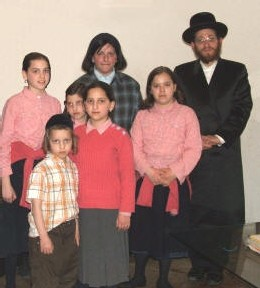 in 2008 Rabbi Friedman with his family stayed in Iran for 2 months