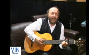 Superstar Yehuda Green preforms for VIN readers a song from his newly released CD 'Yearning'