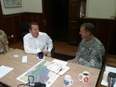 Liam Fox (L) meeting with U.S. General McChrystal in Kabul, Afghanistan July 2009.