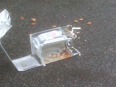 Police detonate a microwave oven found on the Pittsburgh Marathon route that authorities suspected of containing an explosive device.
