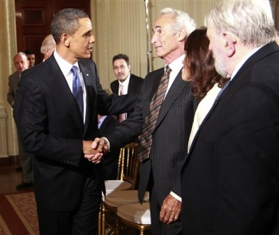 Los Angeles Dodgers Hall of Fame baseball pitcher Sandy Koufax is greeted by President Barack Obama at an event honoring Jewish American Heritage Month in the East Room of the White House in Washington, Thursday, May 27, 2010. (AP Photo/Charles Dharapak)