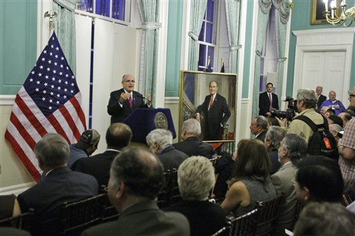 Former Mayor Rudy Giuliani speaks at the unveiling of his portrait at City Hall Tuesday, Oct. 26, 2010  in New York.  (AP Photo/Frank Franklin II)