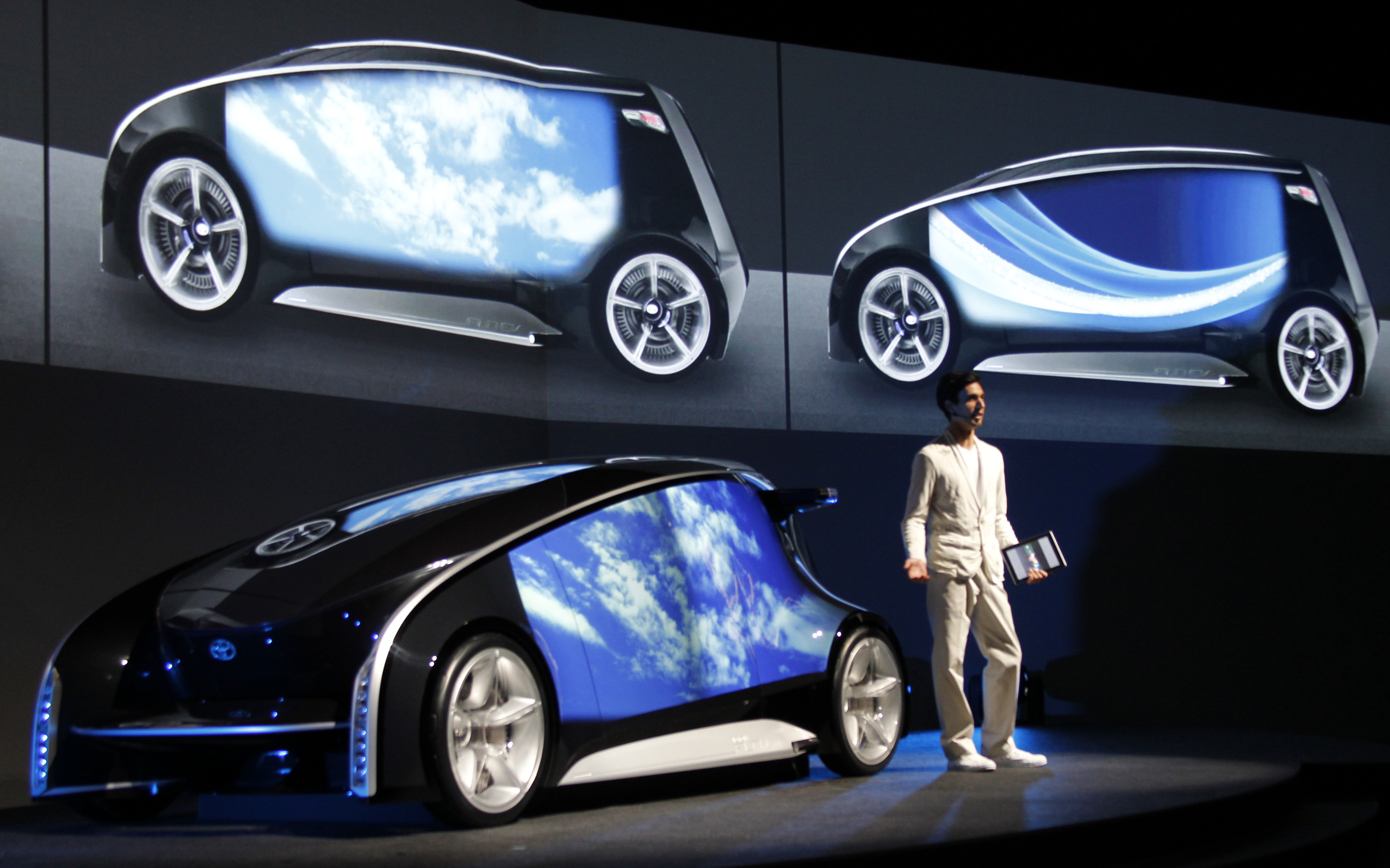 technology in automobile In just 127 years we developed technology that replaced horse powered carriages with electric cars driven by voice commands 127 years of modern automobile evolution.