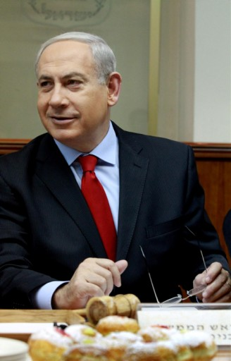 PM Benjamin Netanyahu at the Prime Minister's office in Jerusalem on December 09 2012. Photo by Haim Zach/pool/ Flash90
