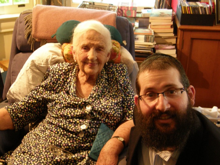 In photos, Rabbi Chaim Herzog, Shliach of Chabad of Melbourne CBD poses with Dame Elizabeth Murdoch during celebration of her 101 birthday. Rabbi Herzog had a close relationship with Mrs. Murdoch