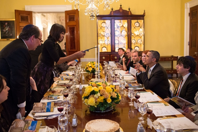 resident Barack Obama and First Lady Michelle Obama host a Passover Seder Dinner for family, staff and friends, in the Old Family Dining Room of the White House, March 25, 2013. (Official White House Photo by Pete Souza)