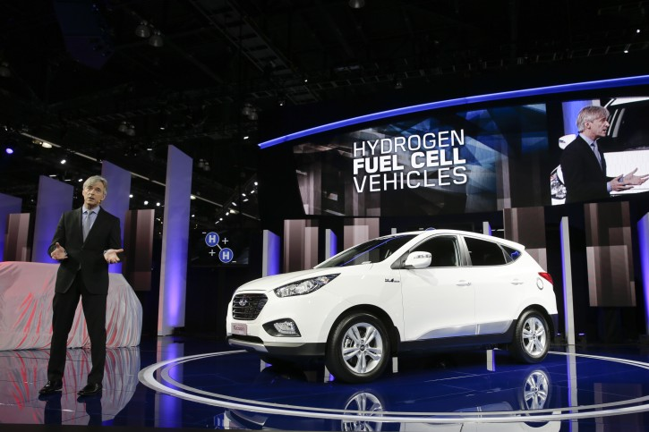 John Krafcik, president and CEO of Hyundai Motor America, introduces the Tucson Fuel Cell hydrogen-powered electric vehicle at the Los Angeles Auto Show on Wednesday, Nov. 20, 2013, in Los Angeles. (AP Photo/Jae C. Hong)