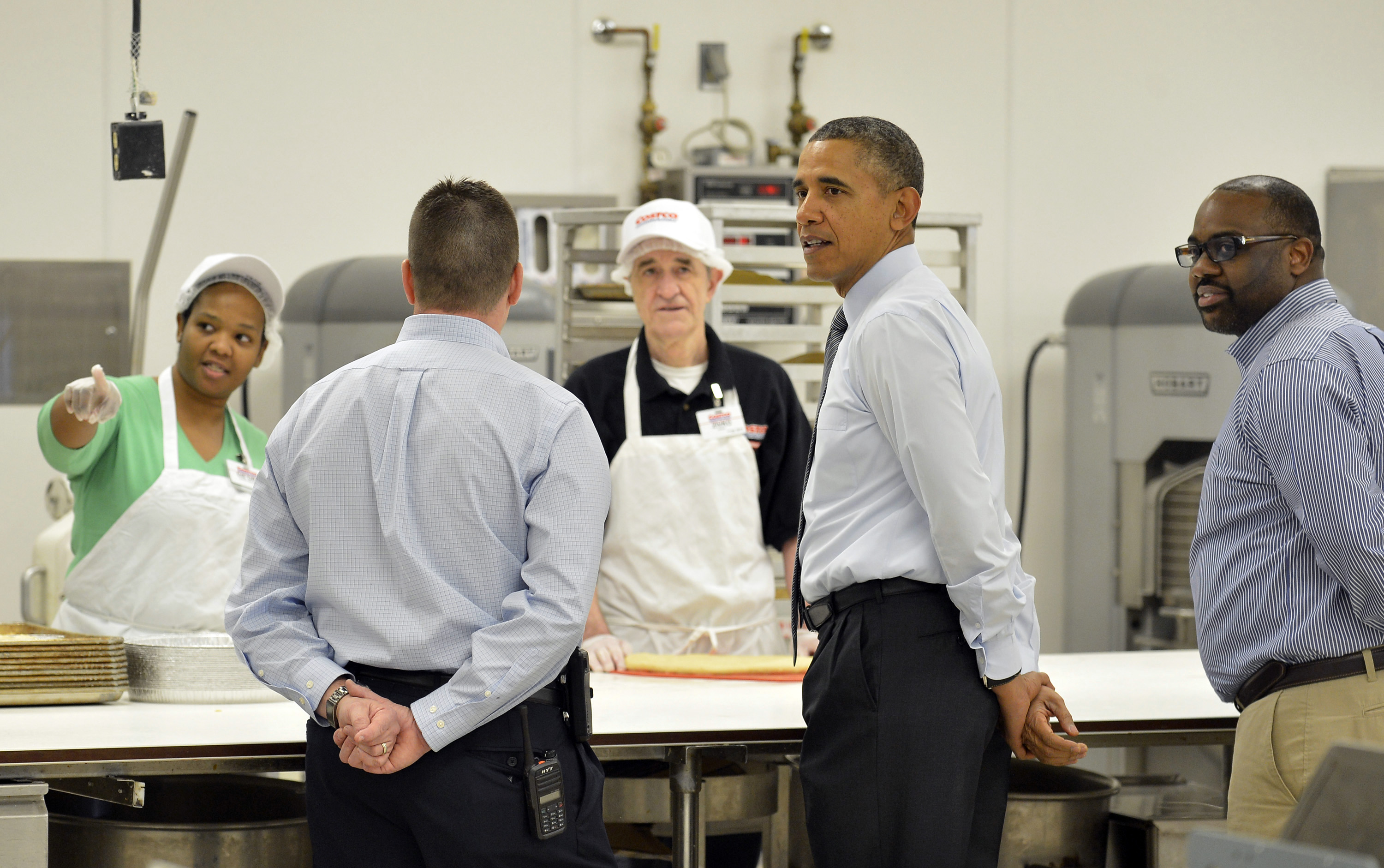Lanham MD At Costco Obama Touts His Plan To Boost Wages