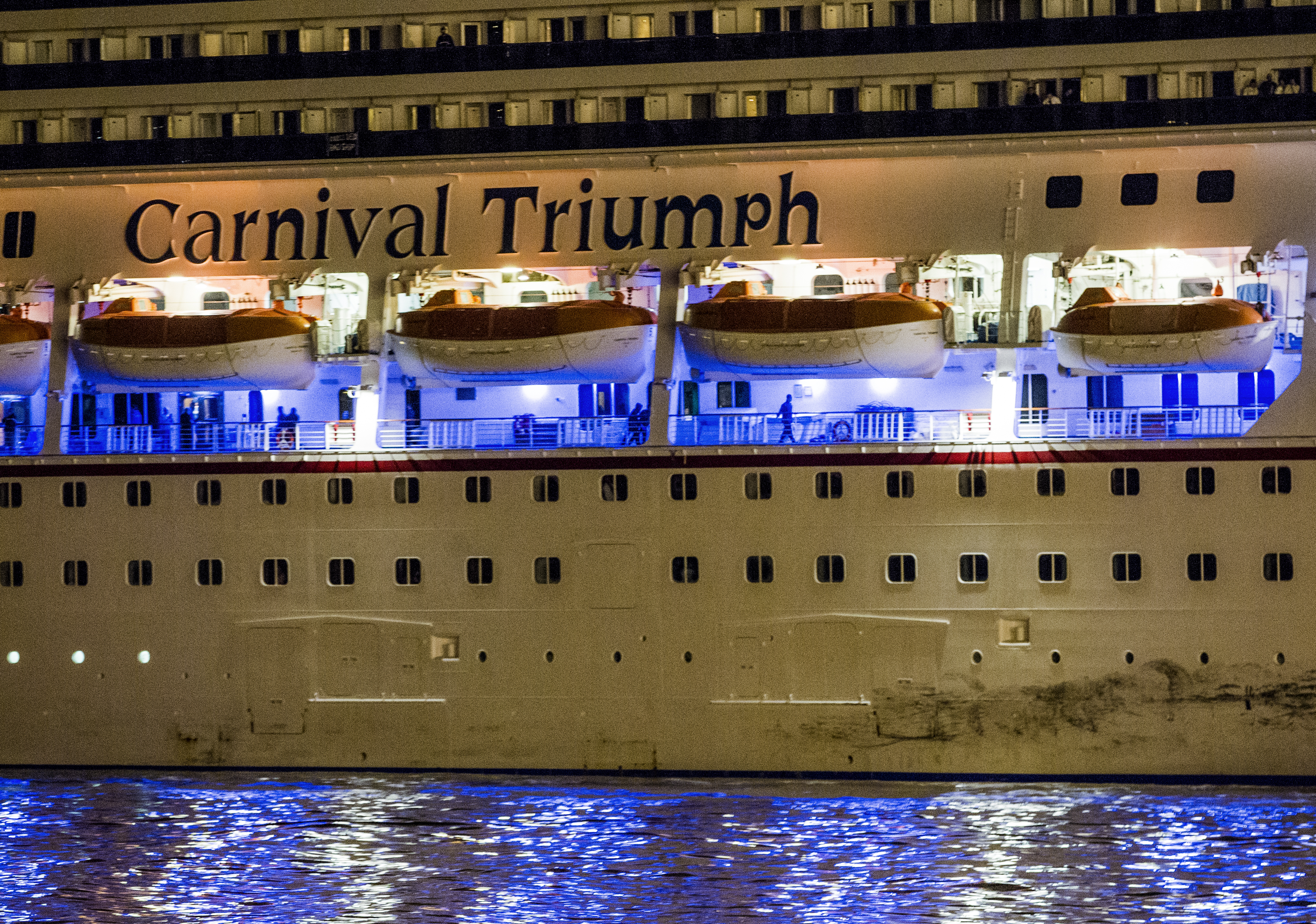 Miami FL Carnival Cruise Passengers Sue Seeking A Month - How long is the carnival cruise ship