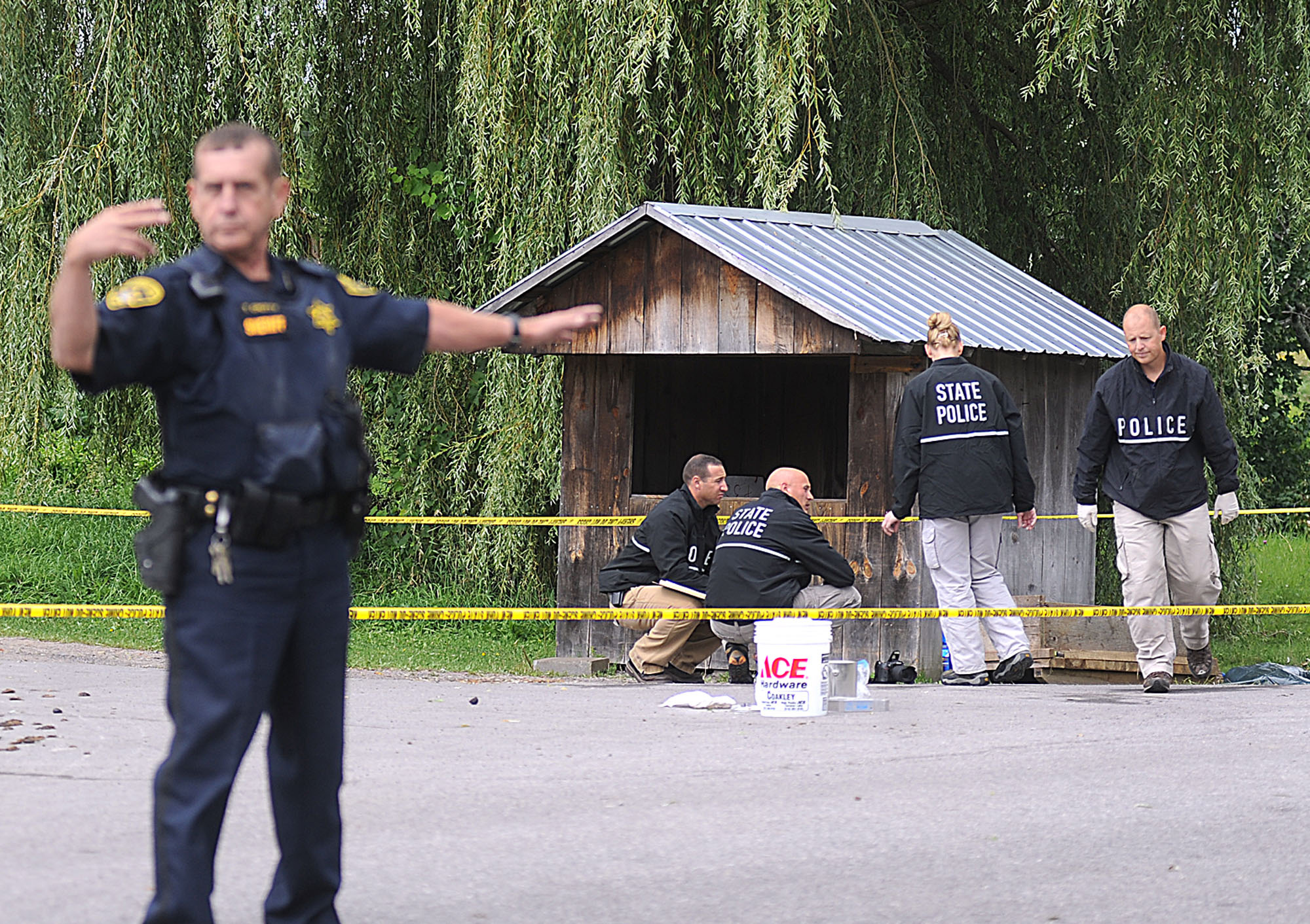 Oswegatchie, NY - Police In Massive Search For 2 Abducted Amish Girls