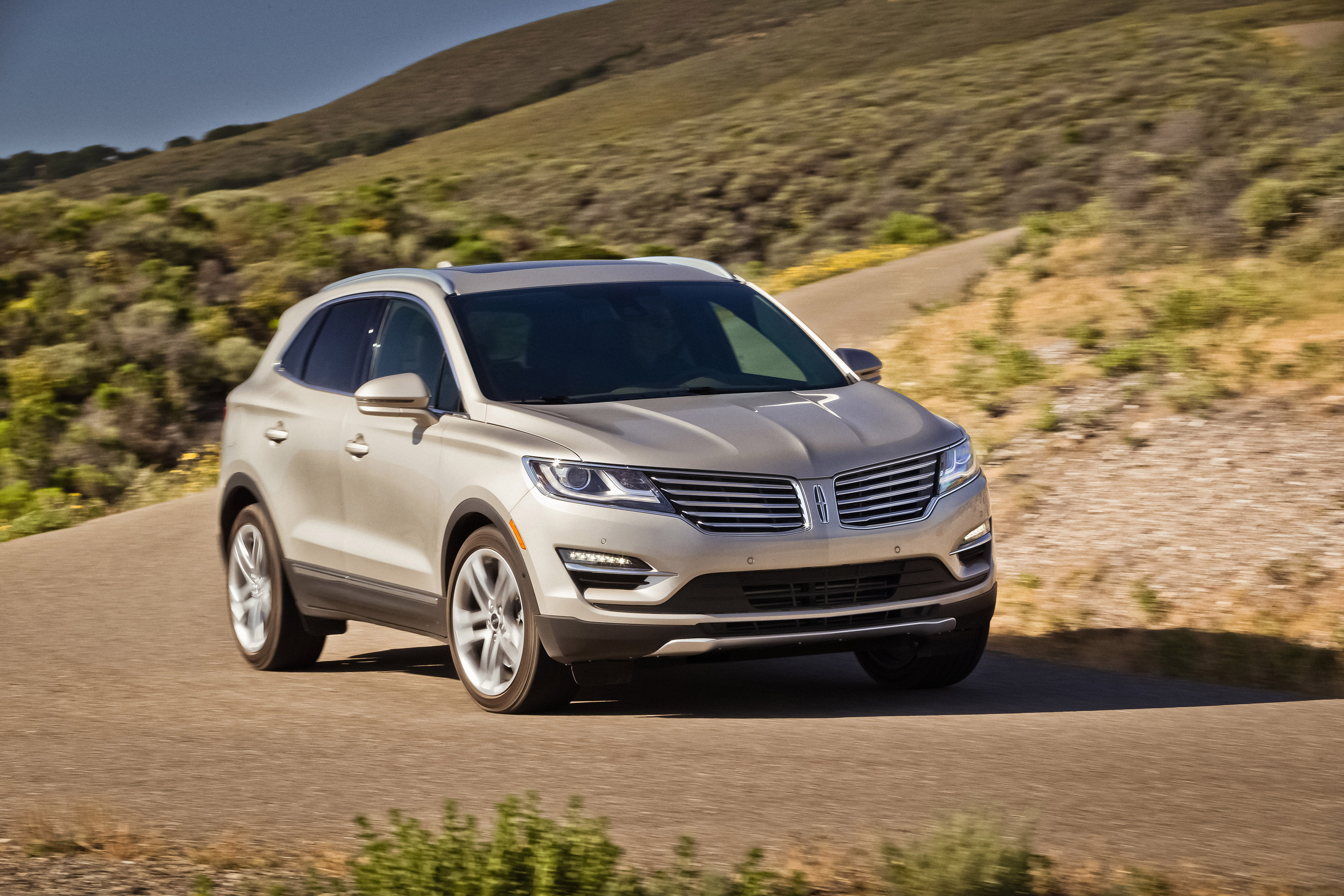Image Gallery Lincoln Suv 2015 Models
