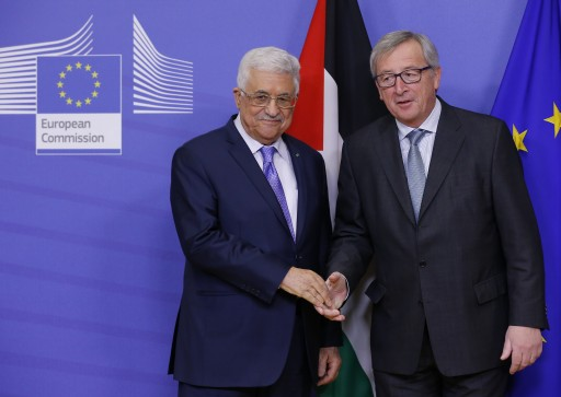 The President of the Palestinian Authority Mahmoud Abbas (L) is welcomed by EU Commission President Jean-Claude Juncker (R) in Brussels, Belgium, 11 February 2015. EPA/JULIEN WARNAND