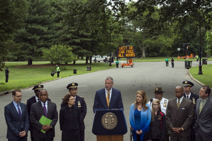 Mayor Bill de Blasio announces permanent improvements to Central Park and Prospect Park that will make the majority of each park car-free, with park drives dedicated solely to recreation for the first time in more than a century. Prospect Park, Brooklyn. Thursday, June 18, 2015.(Demetrius Freeman/Mayoral Photography Office)