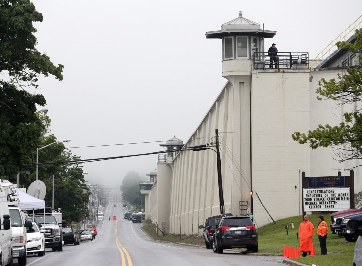 Dannemora Ny New York Town Stands By Its Prison After