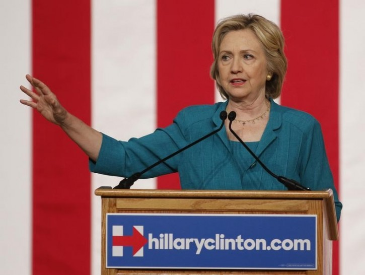 Democratic U.S presidential candidate Hillary Clinton makes a speech on Cuban relations at Florida International University in Miami, Florida July 31, 2015. Reuters