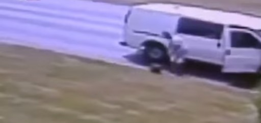 A Thief Picks Up $150K in Bag Accidentally Left on Lawn by ATM Delivery Workers in New Jersey