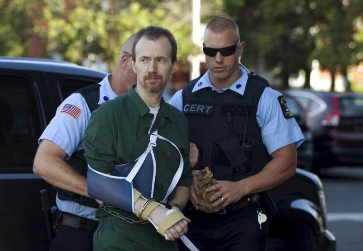 David Sweat arrives for his arraignment at Clinton County court, in Plattsburgh, New York August 20, 2015. Sweat and fellow inmate Richard Matt escaped from Clinton Correctional Center in Dannemora, New York on June 6.  REUTERS/Christinne Muschi