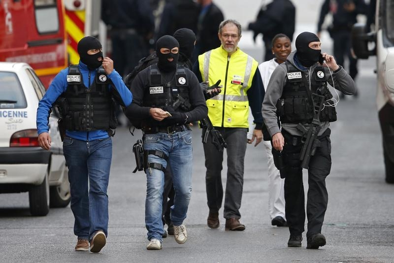 Paris - Official: French Commandos In Anti-ISIS Raid Learned