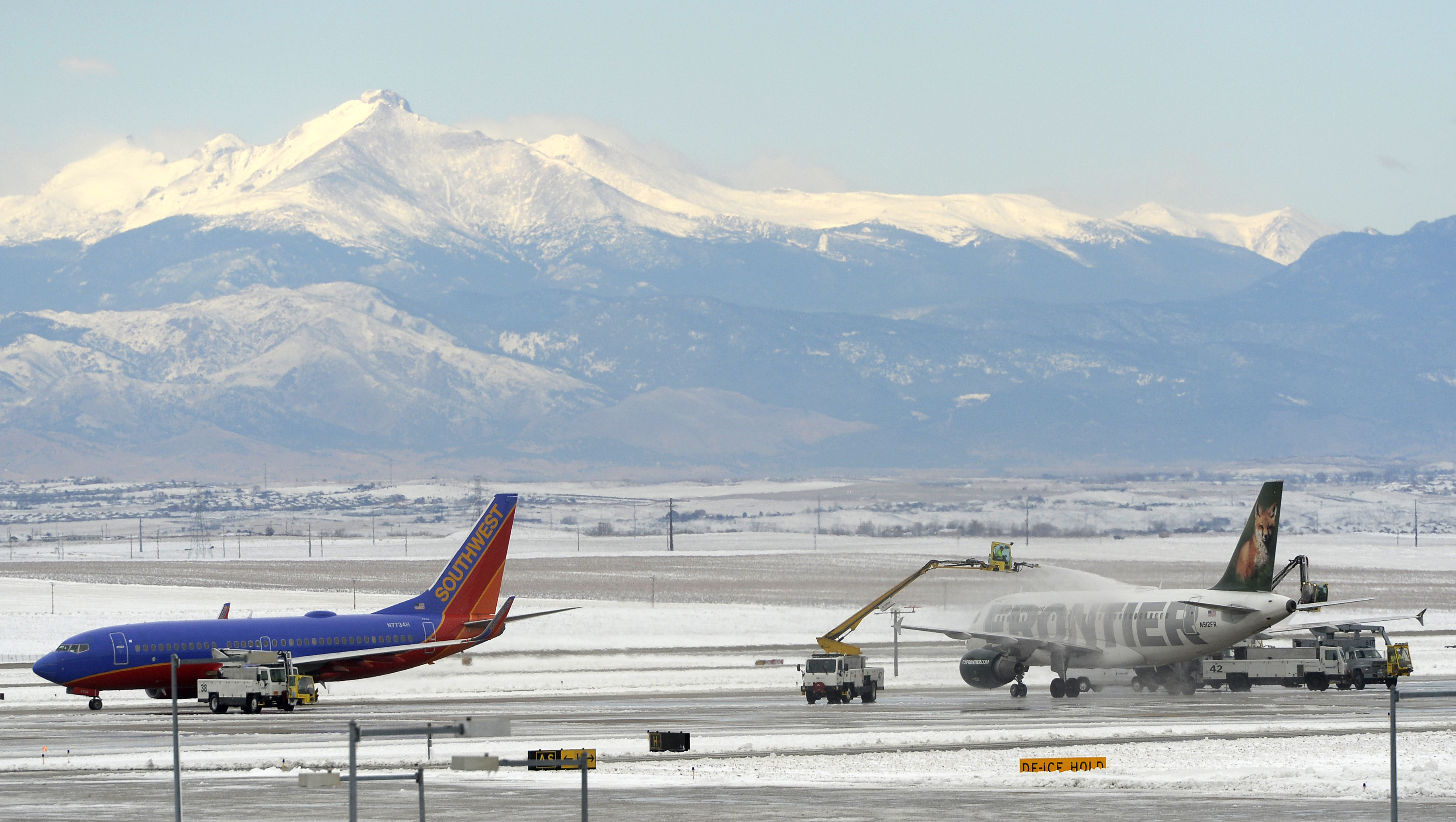 denver storm drops snow in colorado could bring. Black Bedroom Furniture Sets. Home Design Ideas