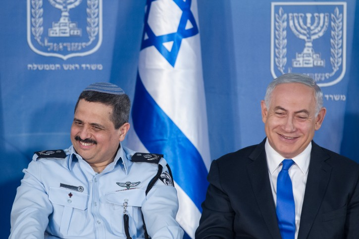 Incoming Israeli Chief of Police Roni Alsheikh seen with Israeli Prime Minister Benjamin Netanyahu at a welcoming ceremony held in Alsheikh's honour, at Prime Minister Benjamin Netanyahu's office in Jerusalem, on December 03, 2015. Photo by Miriam Alster/FLASH90