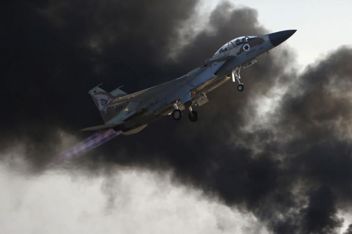 FILE - An Israeli air force F-15 fighter jet flies during an aerial demonstration at a graduation ceremony for Israeli airforce pilots at the Hatzerim air base in southern Israel December 31, 2015.  REUTERS/Baz Ratner
