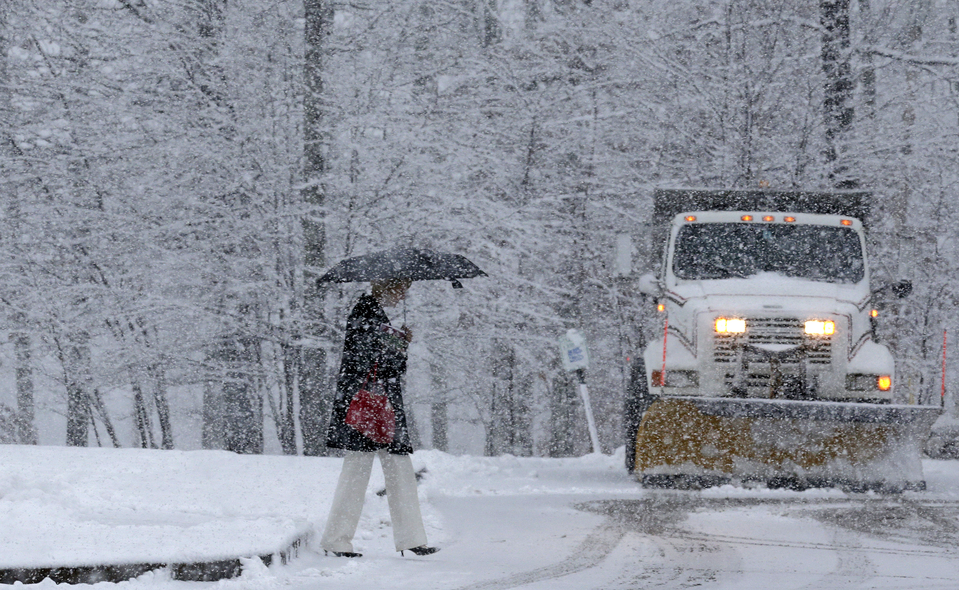 Boston Storm Could Leave Close To A Foot Of Snow In New