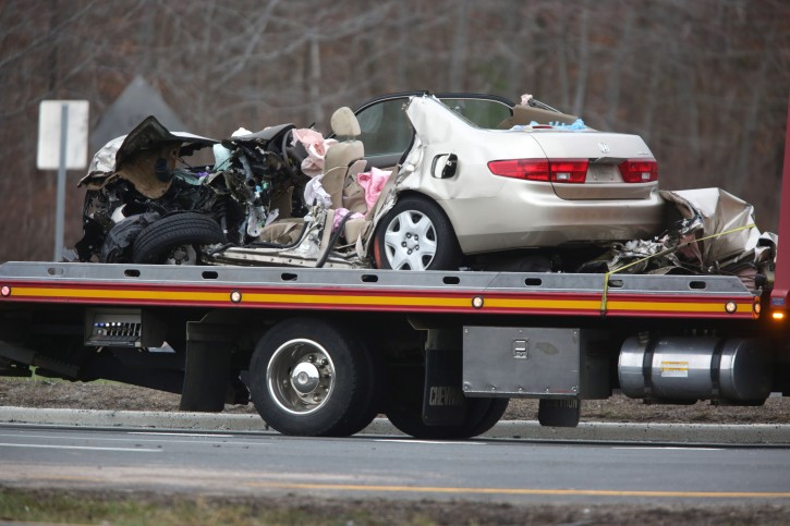 New Jersey – Police: 3 Killed, 2 Seriously Injured In Head