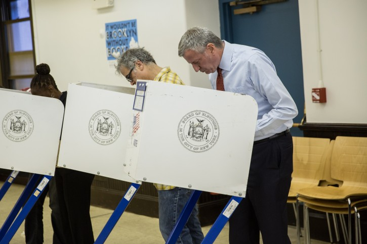 Mayor Bill de Blasio and New York City's First Lady Chirlane McCray vote in the New York  presidential primary on Tuesday, April 19, 2016. Michael Appleton/Mayoral Photography Office