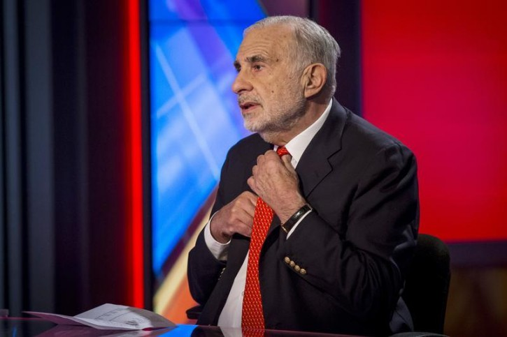 Billionaire activist-investor Carl Icahn gives an interview on FOX Business Network's Neil Cavuto show in New York February 11, 2014.  Reuters