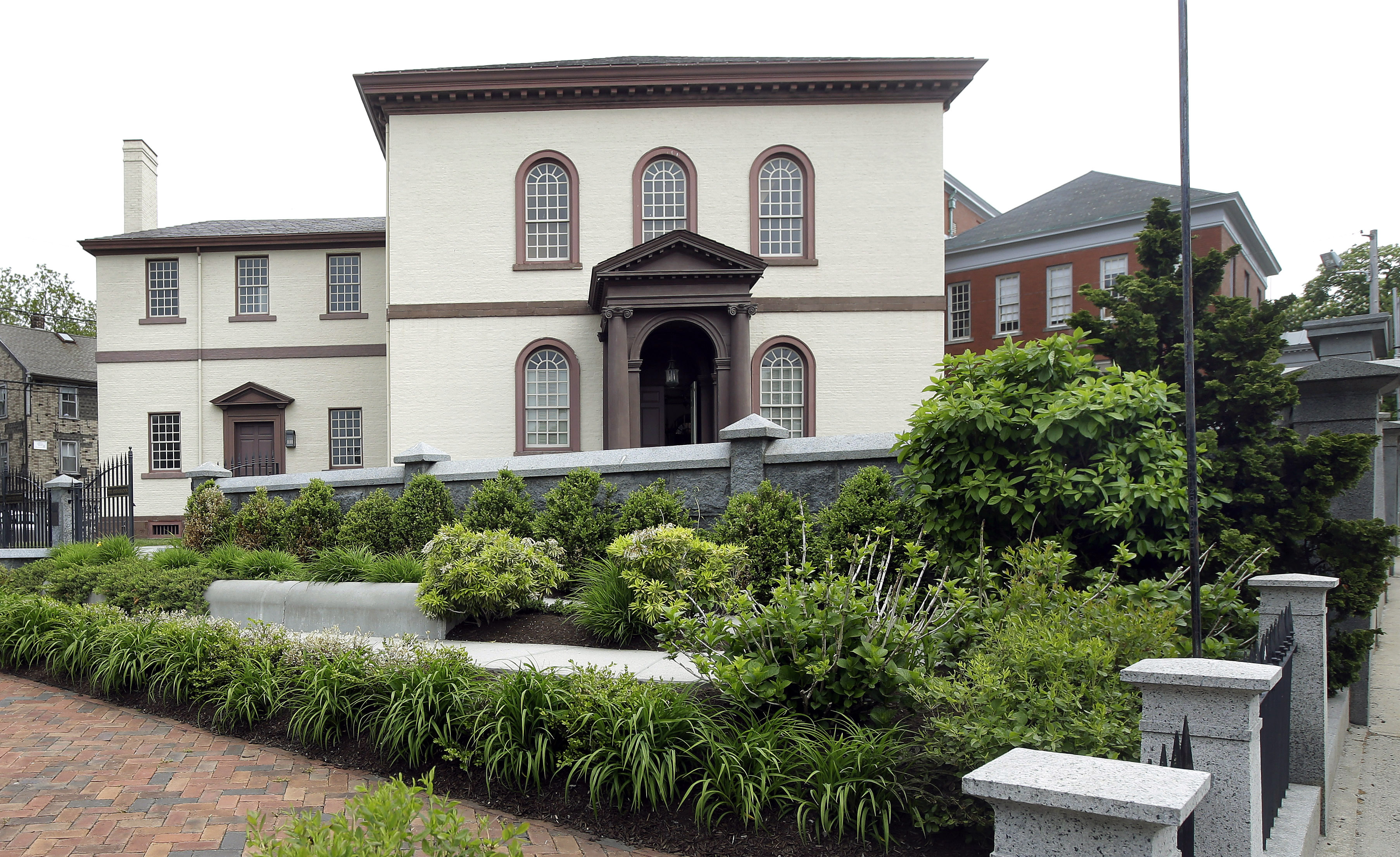 providence ri judge sides congregants in oldest us file in this thursday 28 2015 file photo the touro synagogue