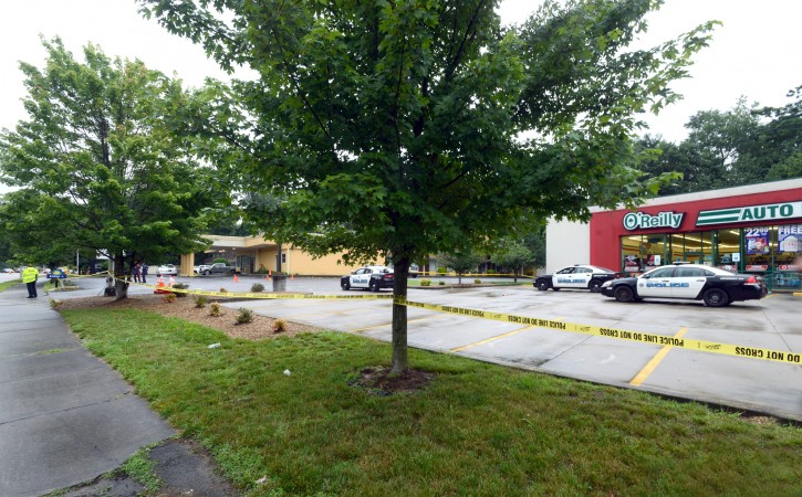 Police tape lines the scene of an overnight shooting in Bristol, Tenn., on Thursday, July 7, 2016.  Police say multiple people have been injured and one person was taken into custody after a man opened fire on motorists traveling along a parkway in East Tennessee. Bristol police say the incident happend early Thursday in the city along the Virginia border. (David Crigger/The Bristol Herald-Courier via AP)