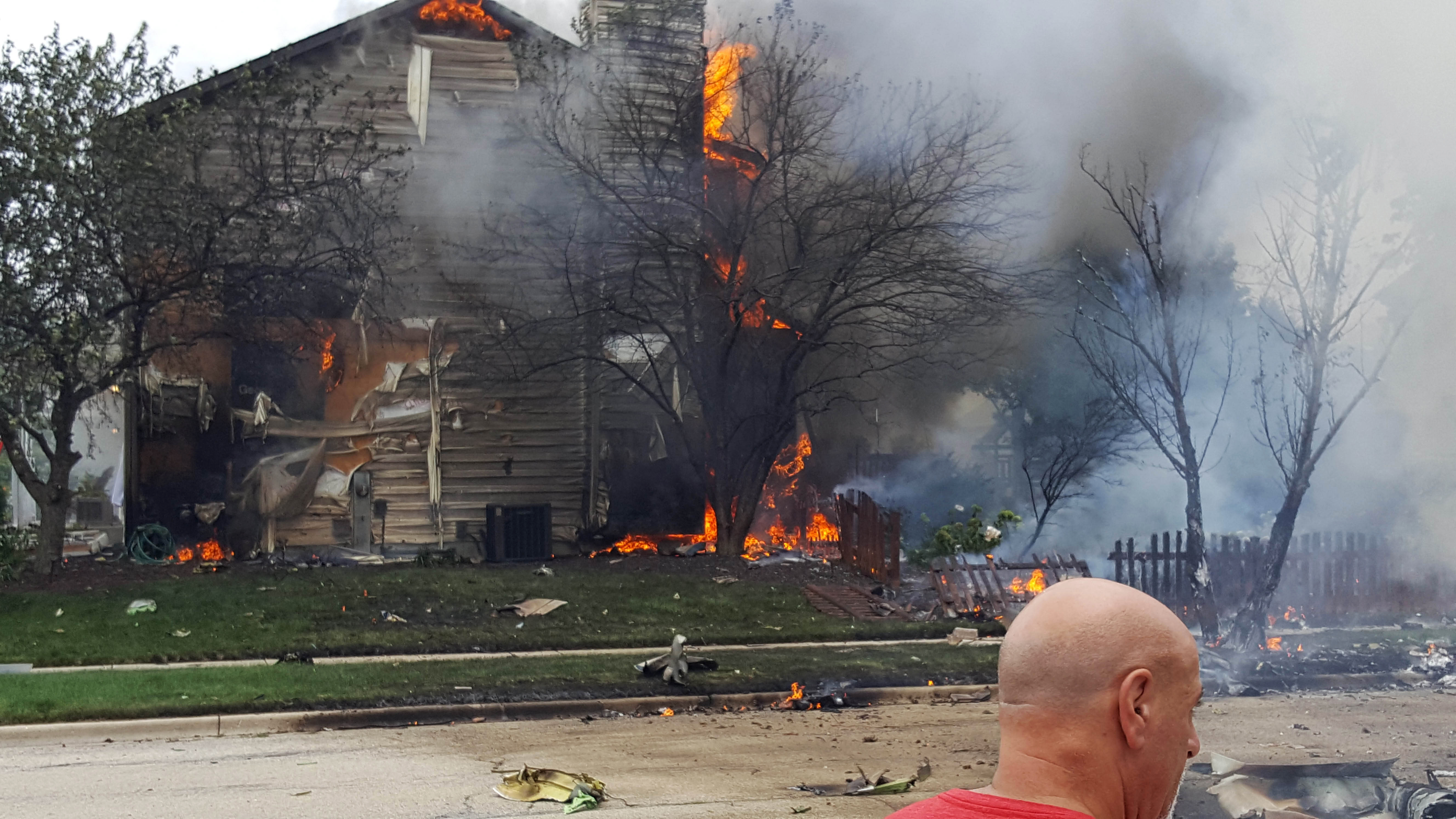 Joliet il firefighters plane crashes in northern for Department of motor vehicles joliet illinois