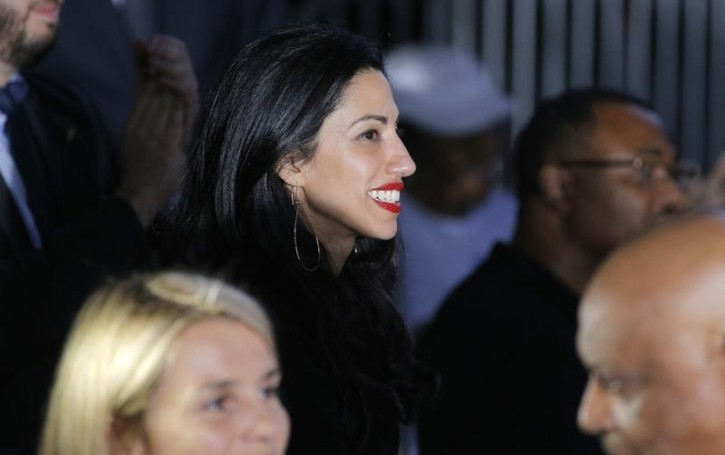 Huma Abedin, longtime aide to Democratic U.S. presidential candidate Hillary Clinton, attends a Clinton campaign rally in Charlotte, North Carolina, U.S., July 5, 2016.  REUTERS/Brian Snyder