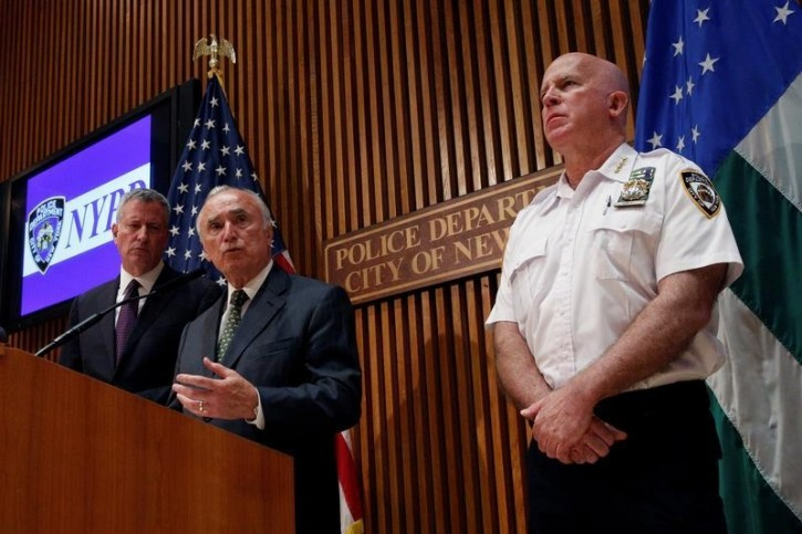 New York City Police Commissioner Bill Bratton speaks during a news conference with New York City Mayor Bill de Blasio (L) and NYPD's Chief of Department James O'Neill in New York City, U.S., July 8, 2016. REUTERS/Brendan McDermid