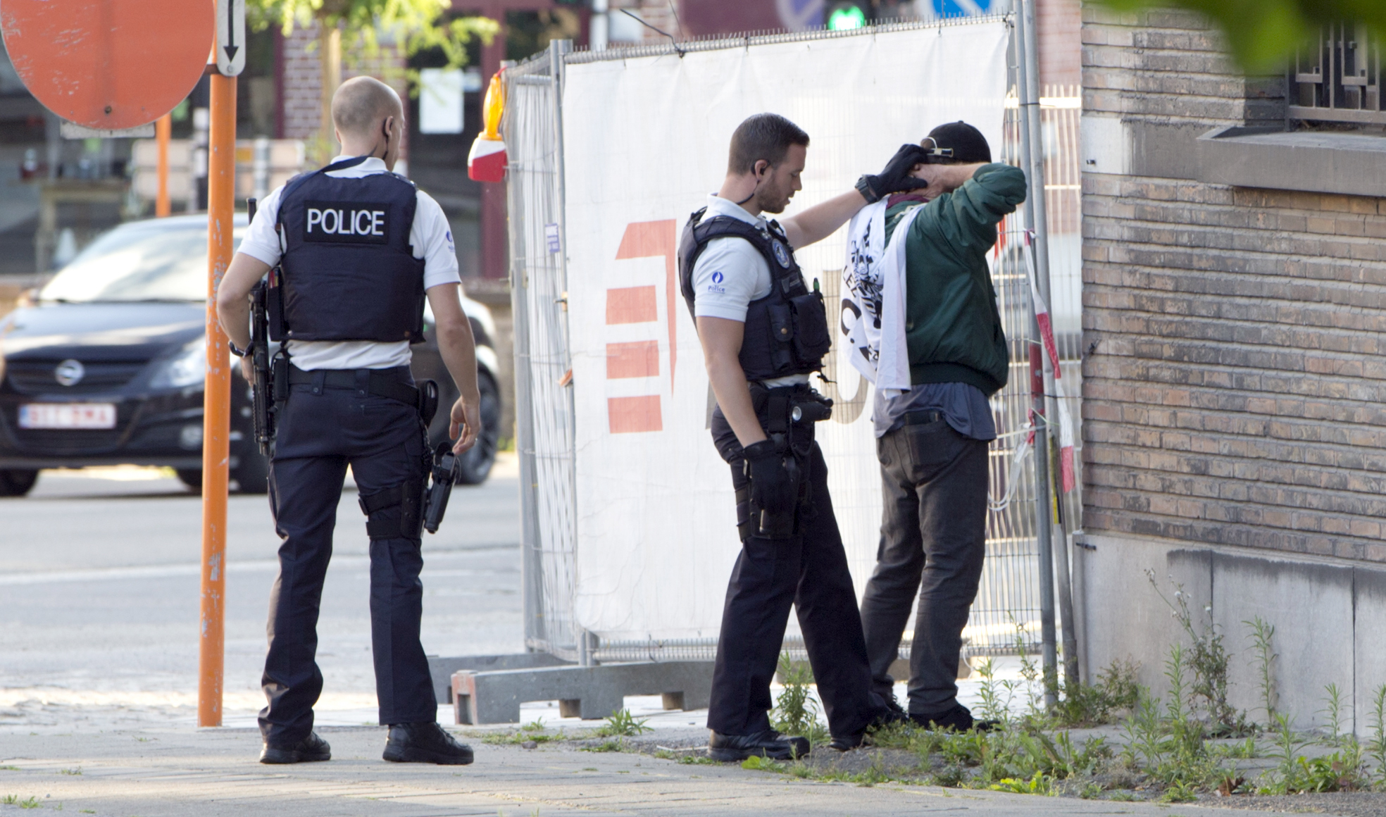 Charleroi Belgium  city pictures gallery : Charleroi, Belgium Attacker Wounds 2 Police In Belgium, Shouts ...