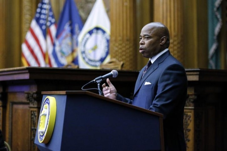 FILE - Brooklyn Borough President Eric Adams speaks to residents during a town hall meeting in the courtroom of Brooklyn Borough Hall in New York, October 22, 2014.  REUTERS/Eduardo Munoz