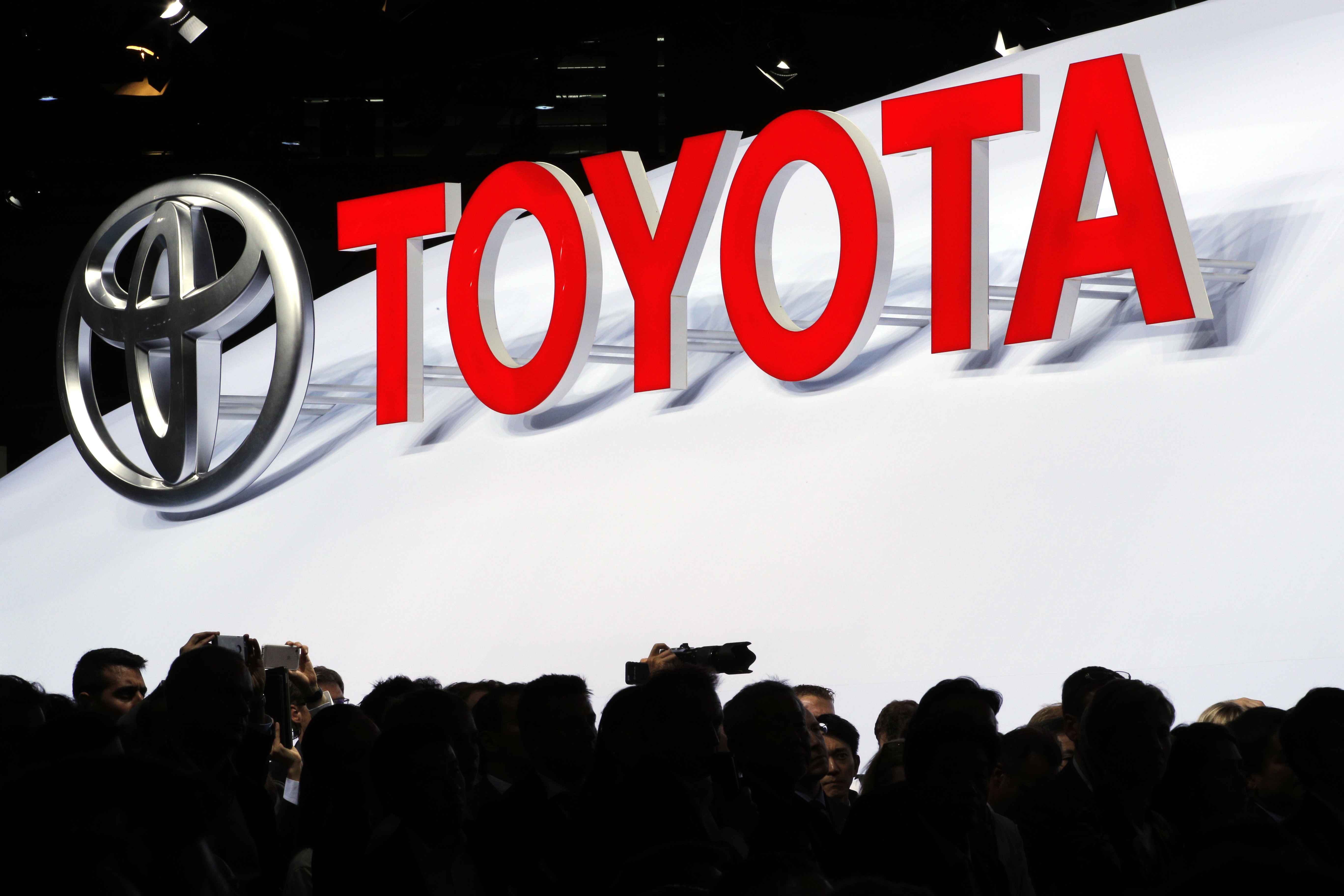Detroit Toyota To Test Car sharing System