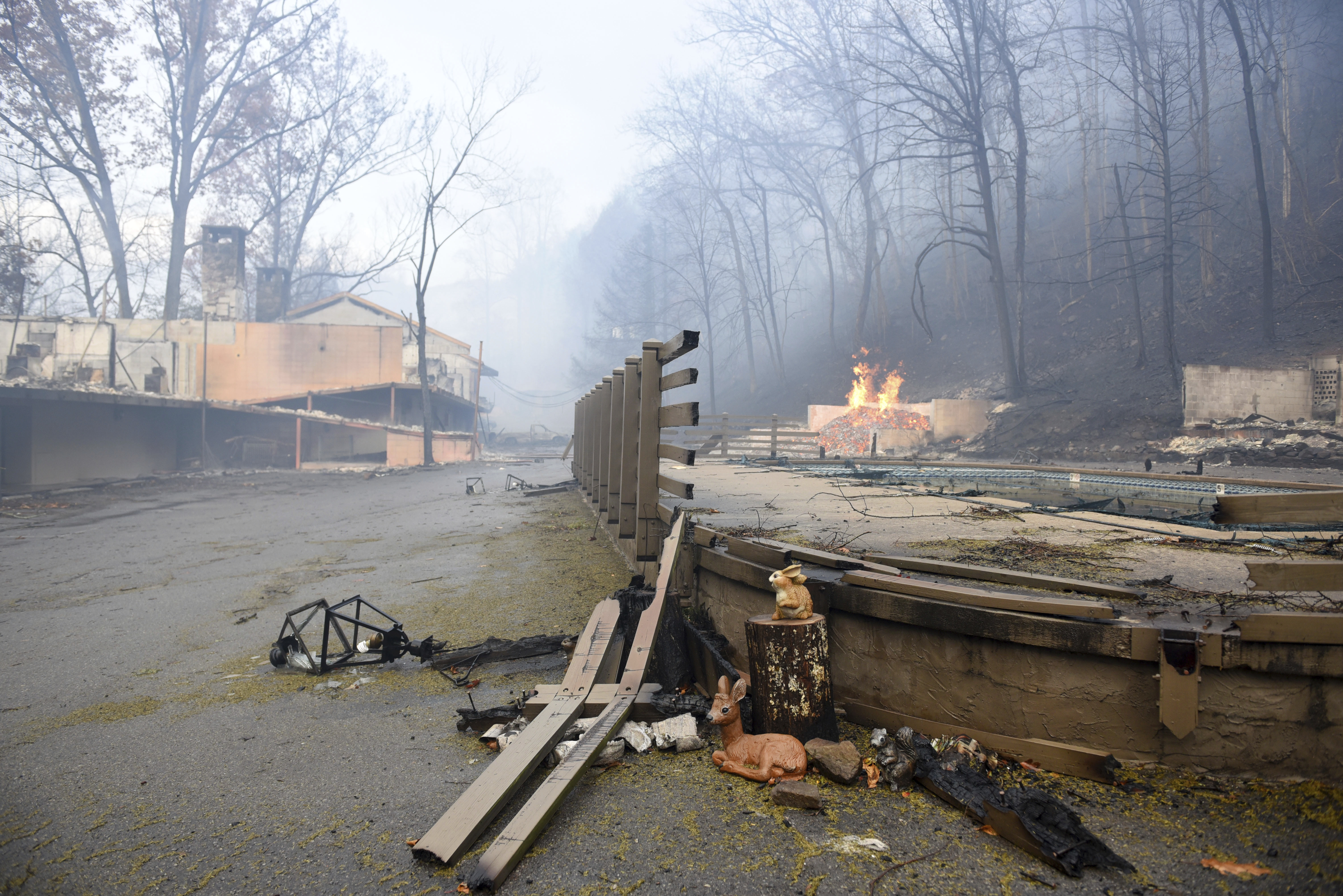 Out of control wild fires have burned part of The Riverhouse Motor Lodge and other businesses