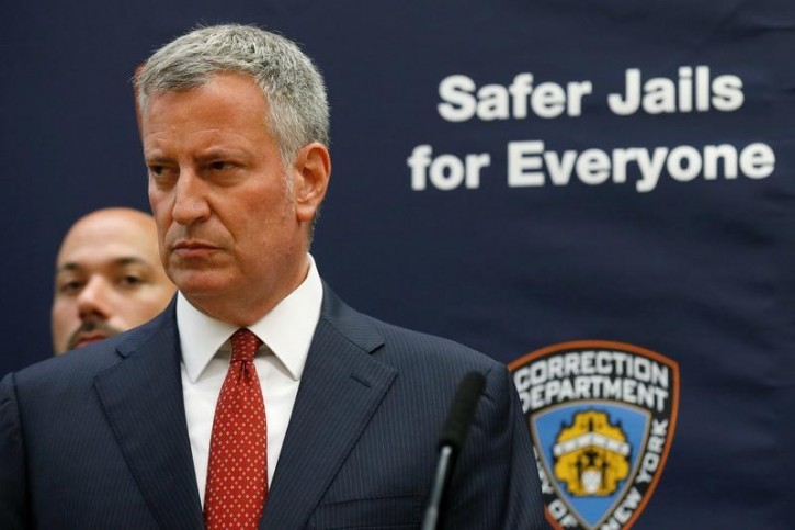 FILE - New York Mayor Bill de Blasio speaks during a news conference at Rikers Island jail in New York City, U.S. September 1, 2016.  REUTERS/Brendan McDermid