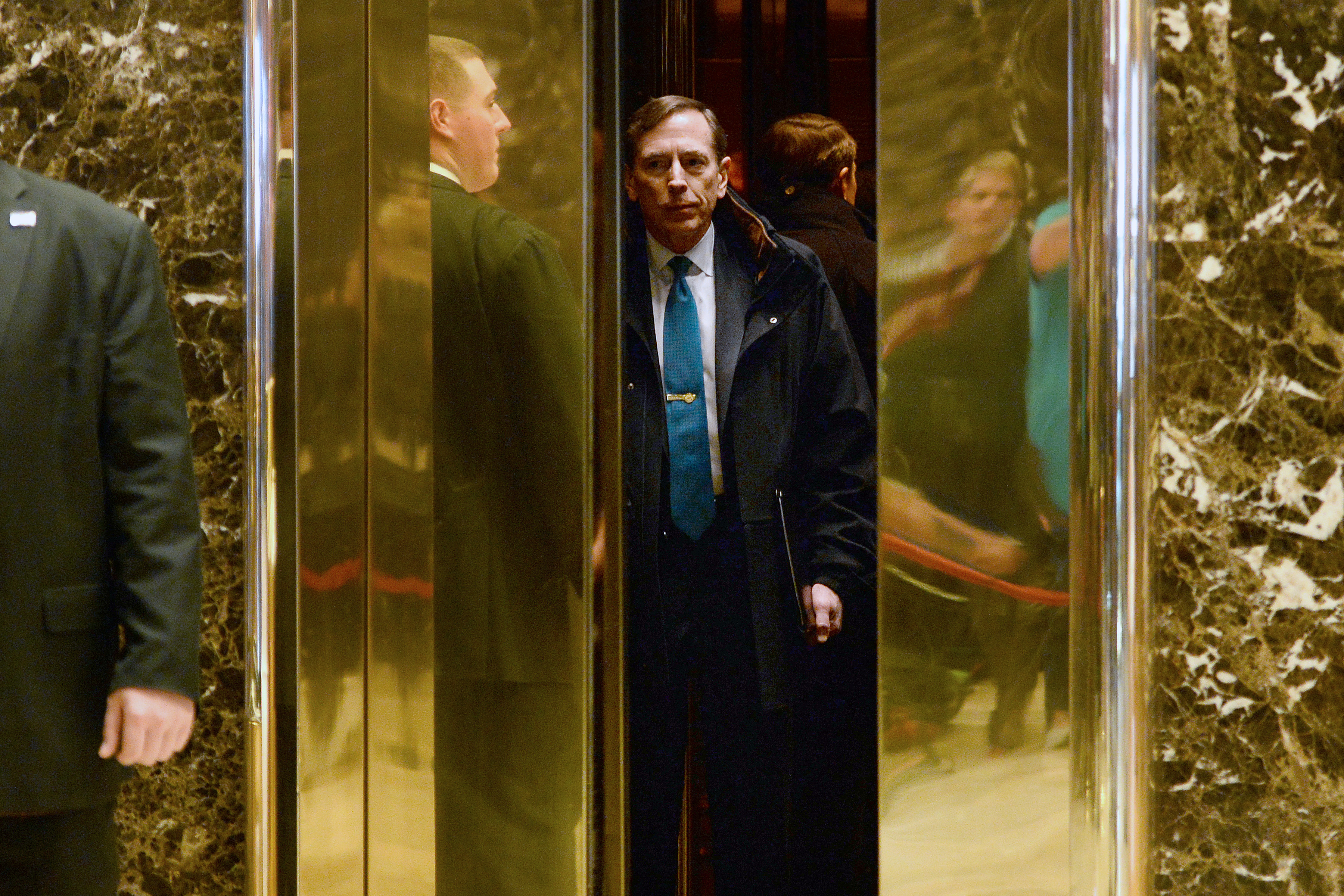 New York Trump Meets Petraeus As He Steps Up Search For
