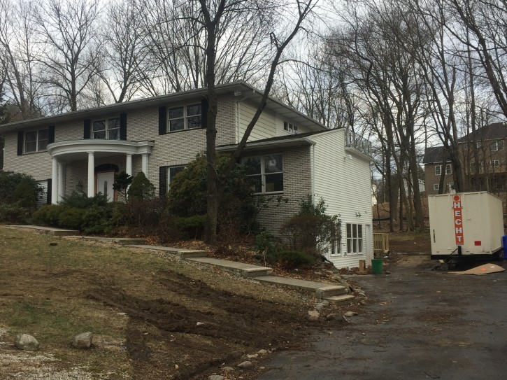 The property in question is located at 101 W. Carlton Lane in Suffern