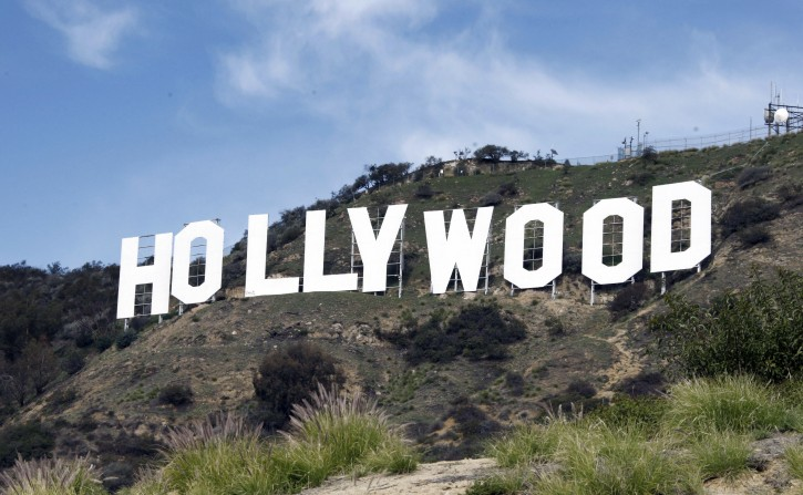 Los Angeles – Study Suggests Building Second Hollywood Sign To Ease Crowds