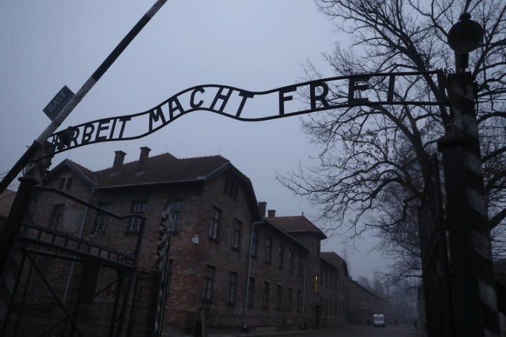 New York – US Jewish Group Withdraws Holocaust Video Offensive To Poles