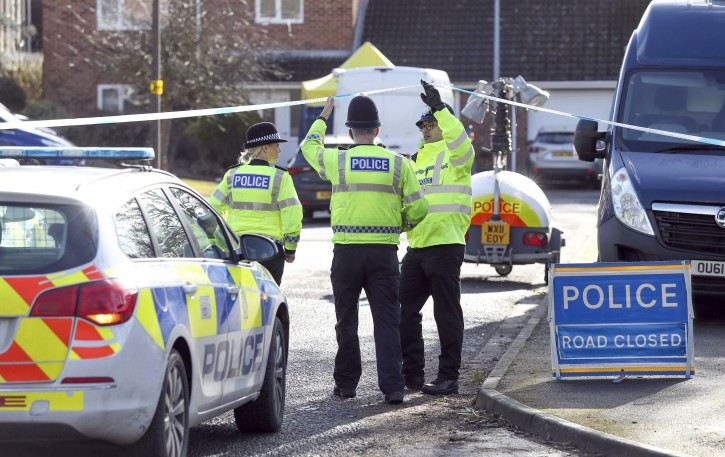 Police activity in a cul-de-sac in Salisbury near to the home of former Russian double agent Sergei Skripal as a nerve agent is believed to have been used to critically injure him and his daughter Yulia. PRESS ASSOCIATION Photo. Picture date: Thursday March 8, 2018.