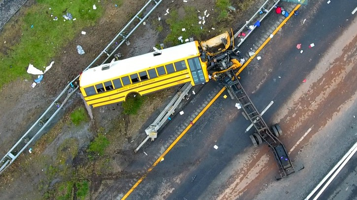 Mount Olive, NJ – Report: Video Shows Bus Head To U-turn Area Before Crash