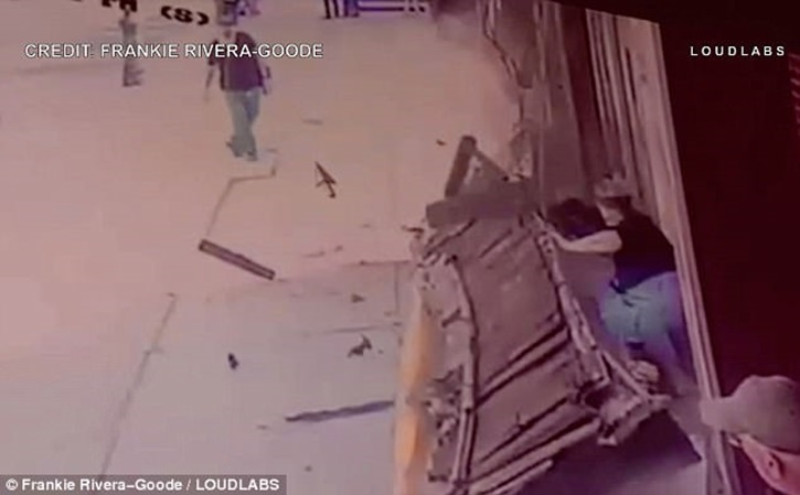 Brooklyn Ny Dramatic Video Awning Collapses On 2 Women In Bay Ridge