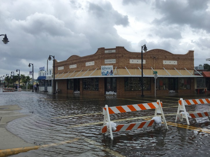 High tide from offshore hurricane Michael creeps up into the Sponge Docks in Tarpon Springs Wednesday afternoon 10/10/2018 after the Anclote River backs up.  ((Jim Damaske/The Tampa Bay Times via AP)